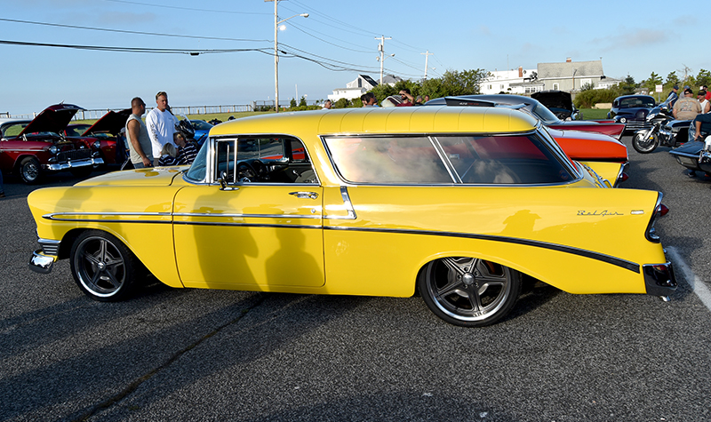 nomad yellow2__cars and coffee at oak beach 2