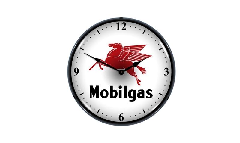 mobil pegasus clock from retroplanet
