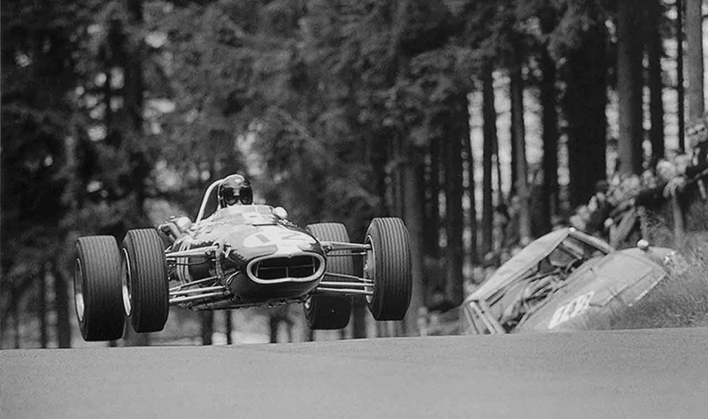 eagle-flies   from the greatest racing archive of all time
