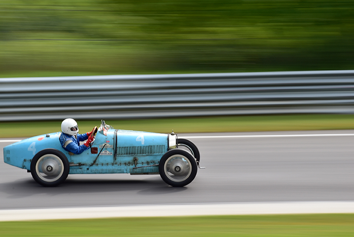1924 bugatti t35 at the lime rock vintage festival 2018