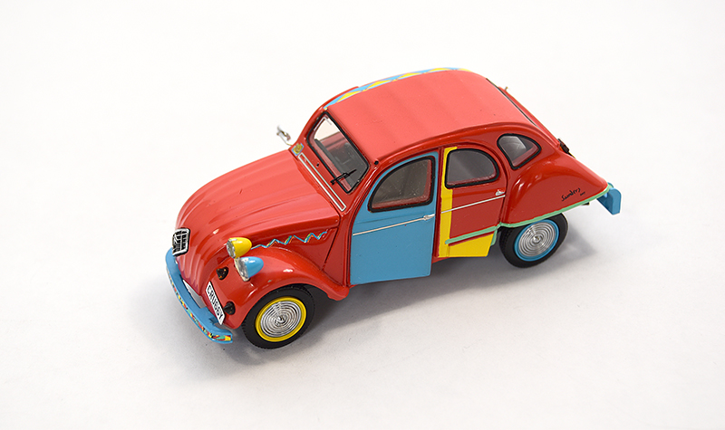 premium x citroen 2cv picasso, more art car models in 1:43 scale