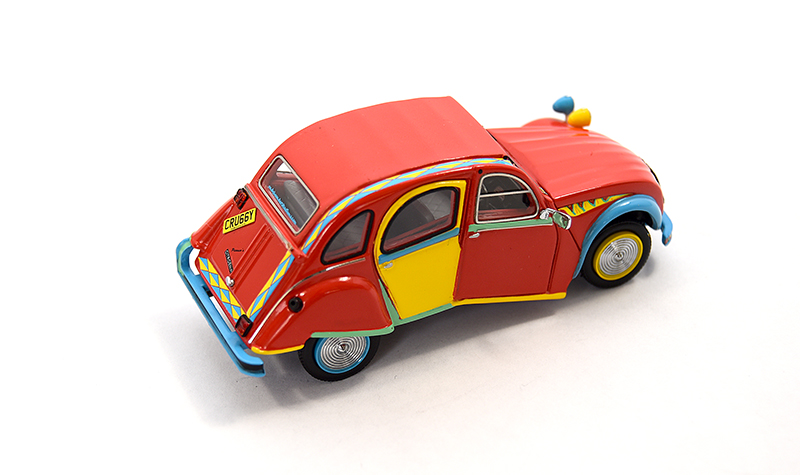 premium x citroen 2cv picasso2, more art car models in 1:43 scale