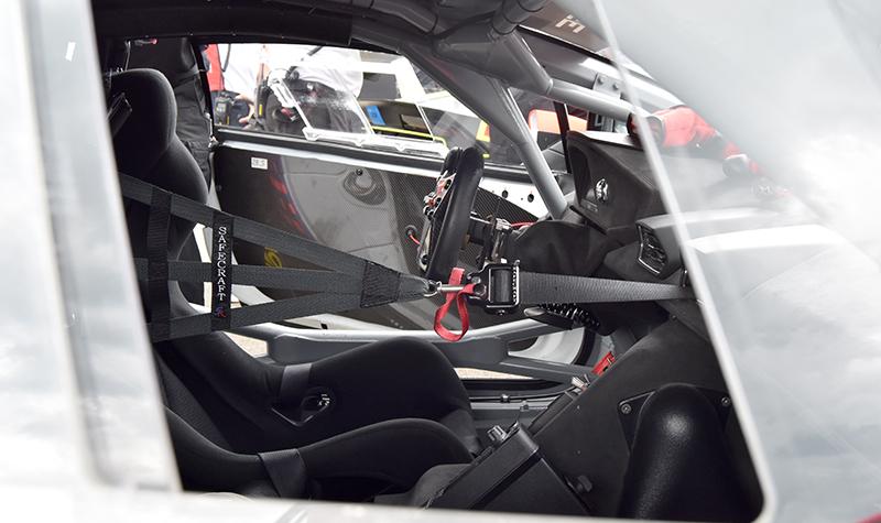 lambo cockpit
